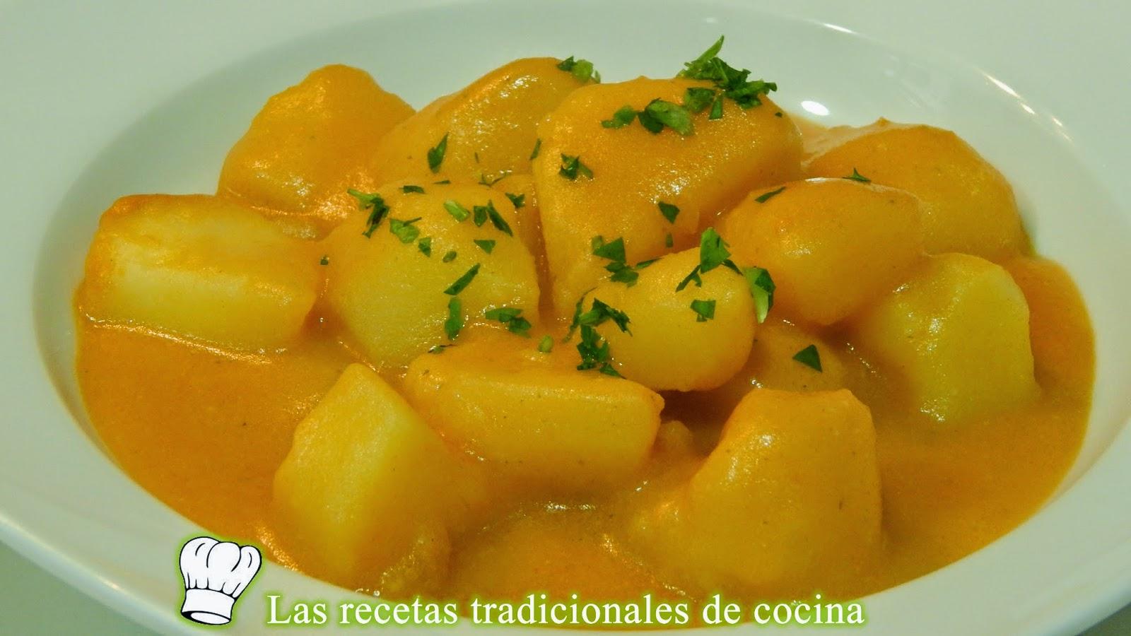 Patatas guisadas con ajopollo
