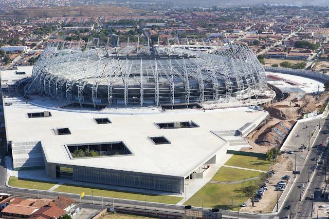 Fotos aéreas do estádio Castelão