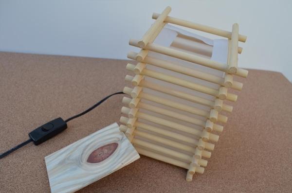 como fazer uma luminária de madeira