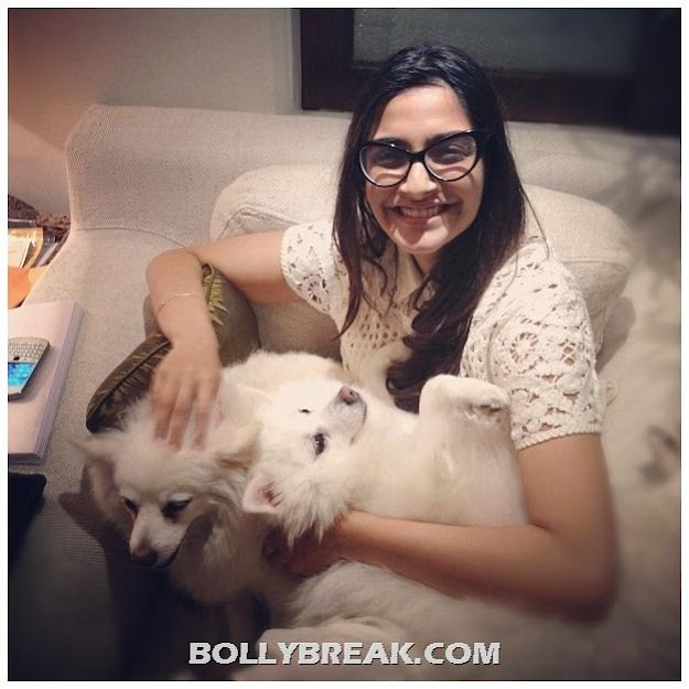 Sonam Kapoor with Glasses, Real Life Pic with No Makeup.. looking cute? - Sonam Kapoor Without Makeup Real Life Pic with her Dogs