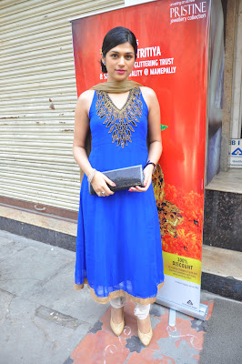 shraddha das at manepally jewellers shraddha das new photo gallery