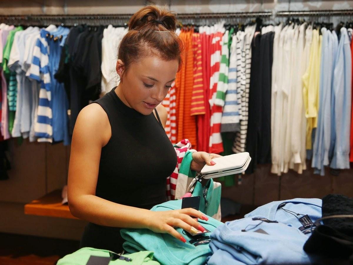 Возможность прикоснуться к предмету увеличивает продажи в магазинах