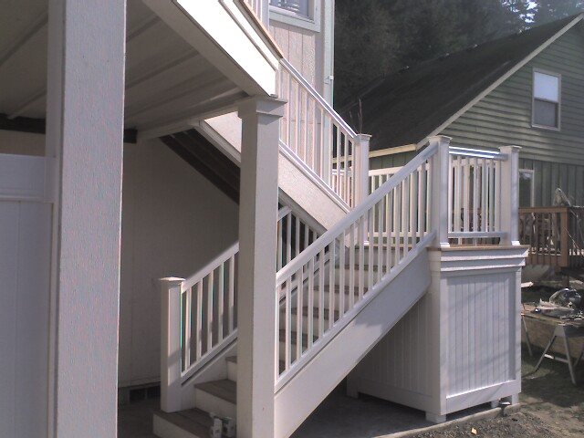 Modhm Designs Vinyl Deck Rail Timber Tech Stairs With Radiance Railing
