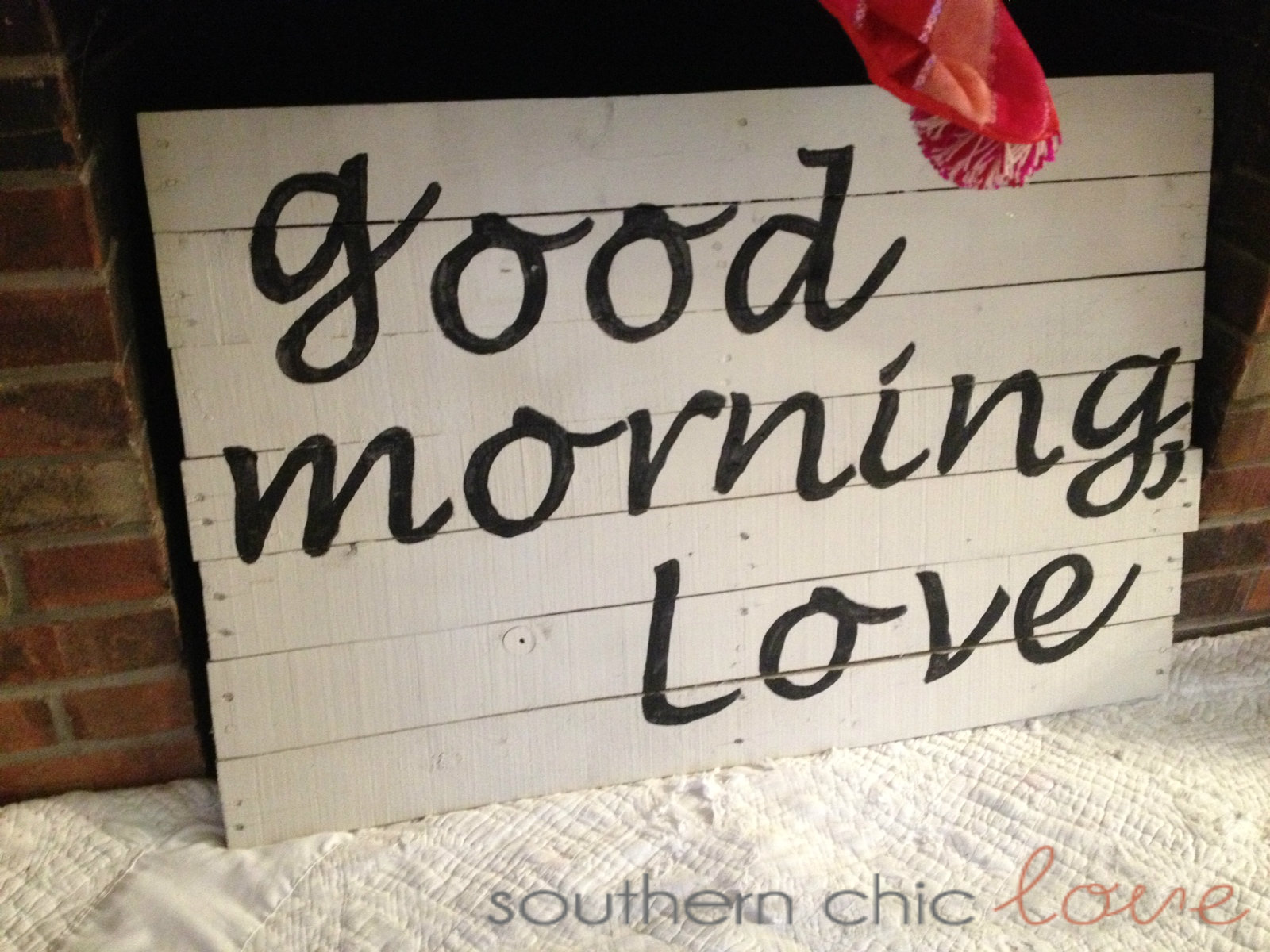 Southern Chic Love: diy pallet sign