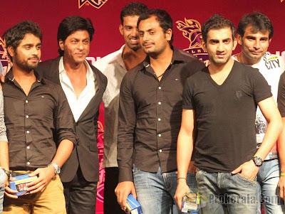 Shahrukh Khan & KKR team at Nokia event gallery