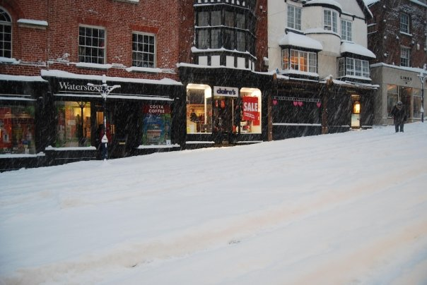 Snow in Guildford town centre