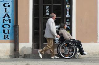 Los españoles opina que las pensiones públicas podrían desaparecer