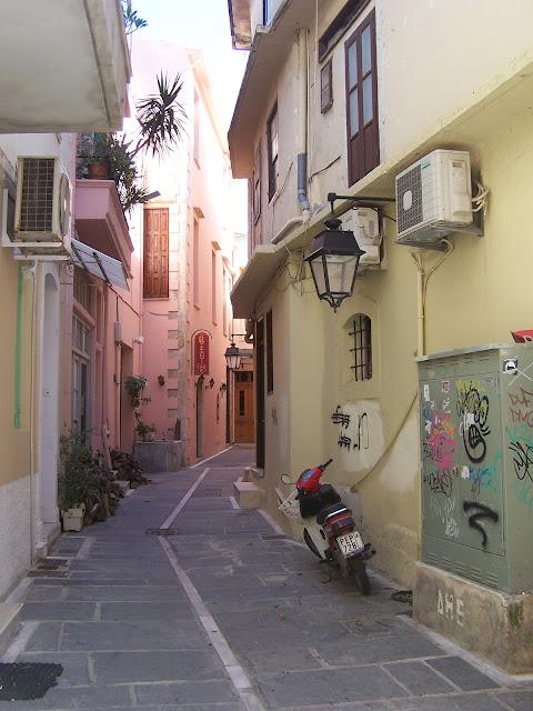 Resmo'nun daracık ara sokakları