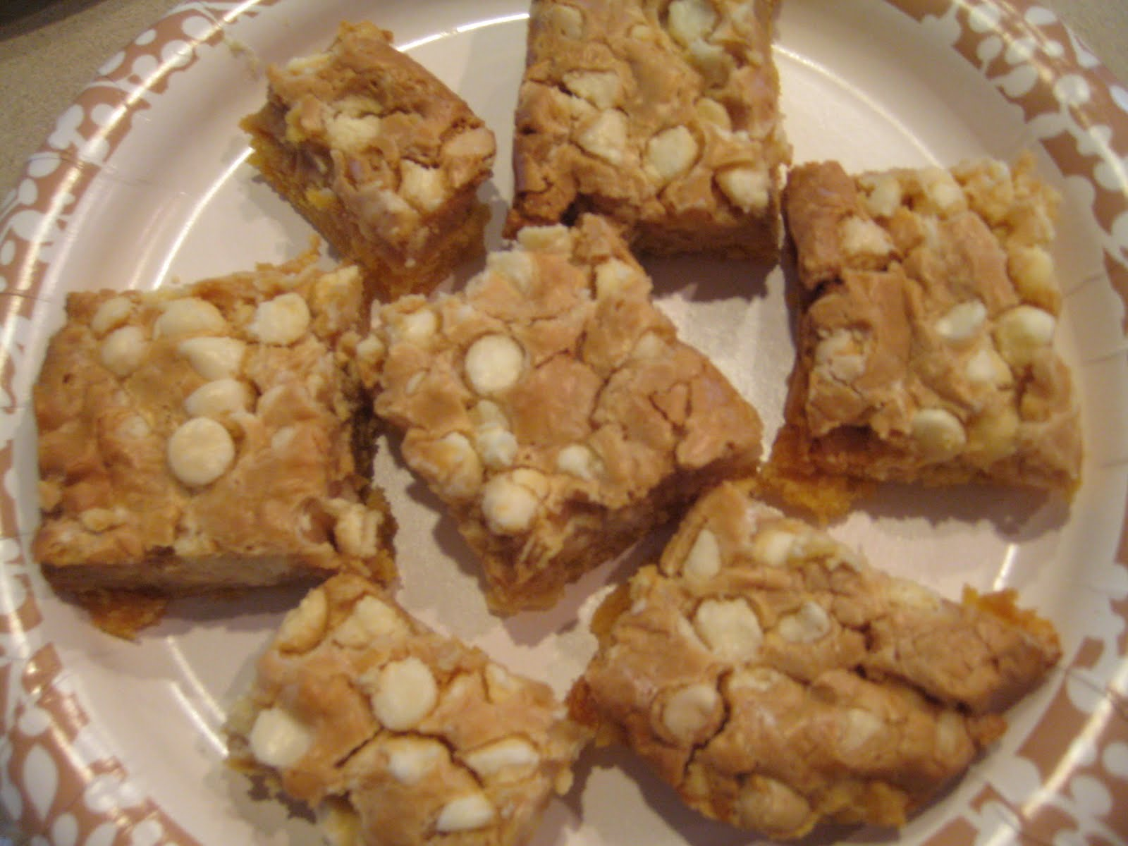 Sticky White Chocolate Cake Bars Fluffernutter