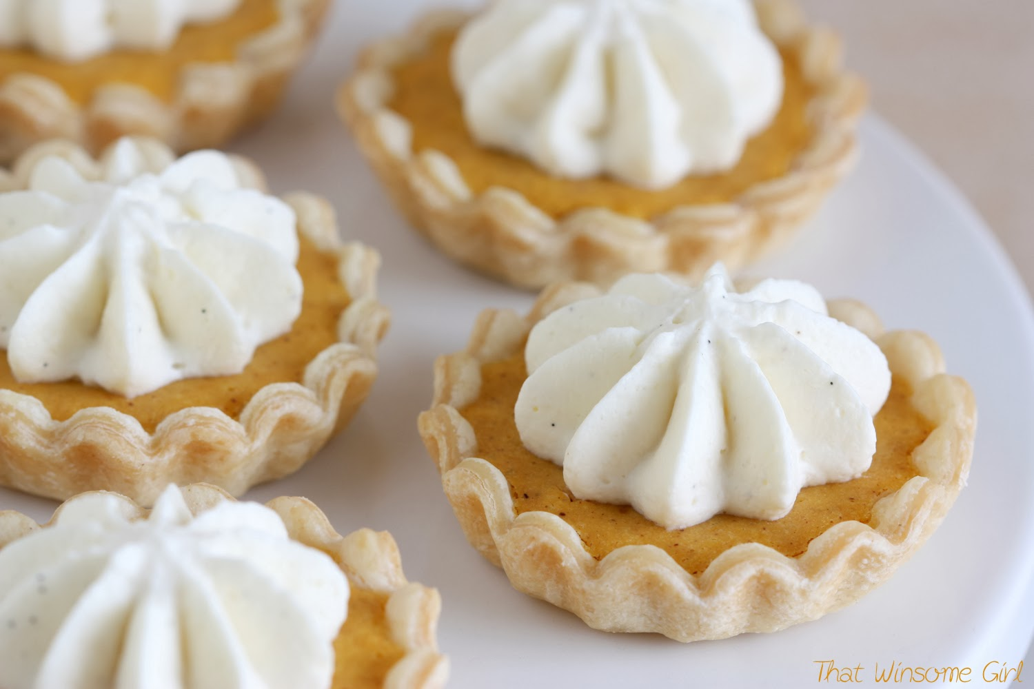That Winsome Girl: Mini Pumpkin Pies