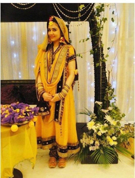 Mehndi Henna Clothes : Natural wallpapers bollywood hollywood