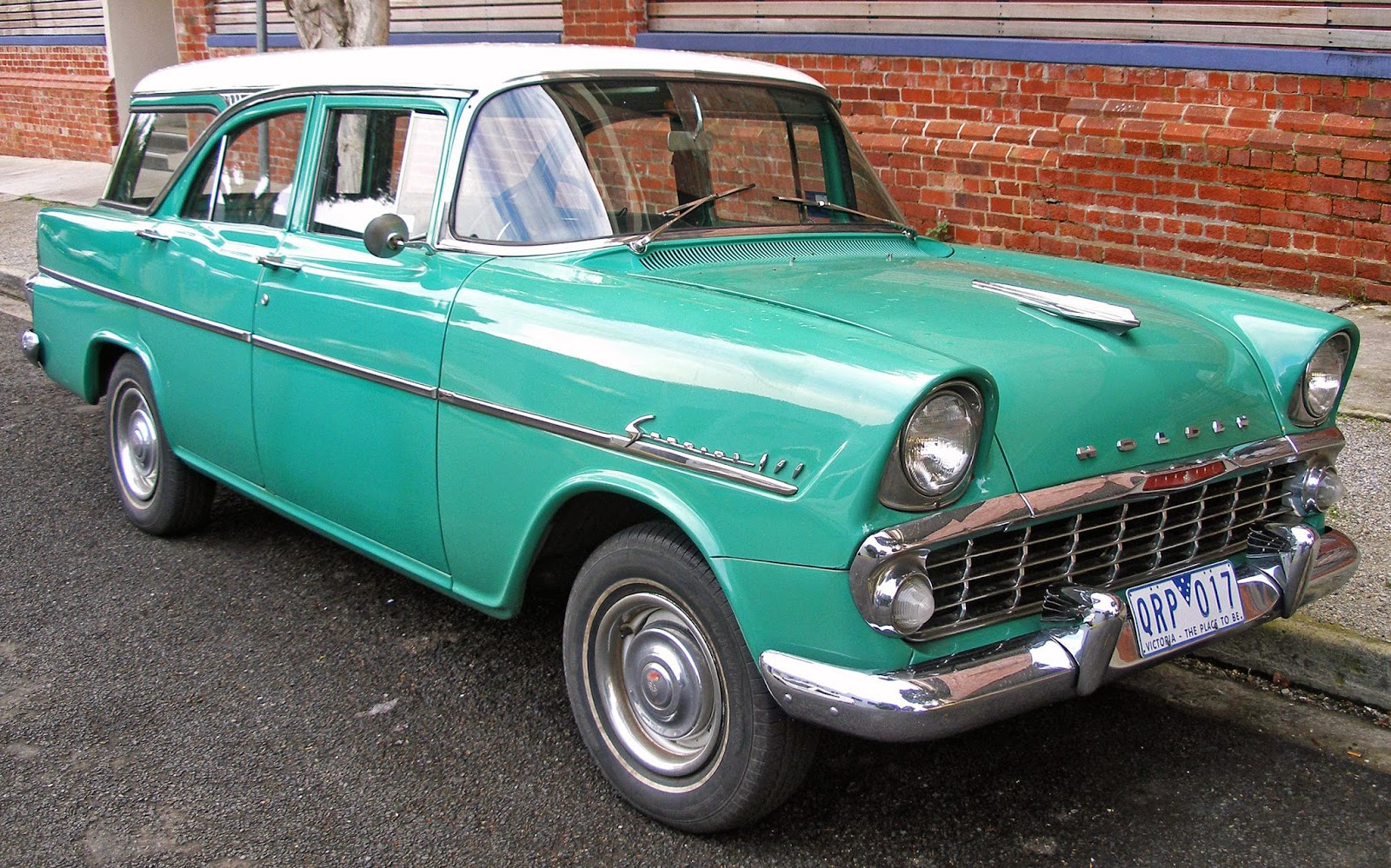 The EK of 1961 was Holden's response to the Ford Falcon, with the availability of automatic transmission.