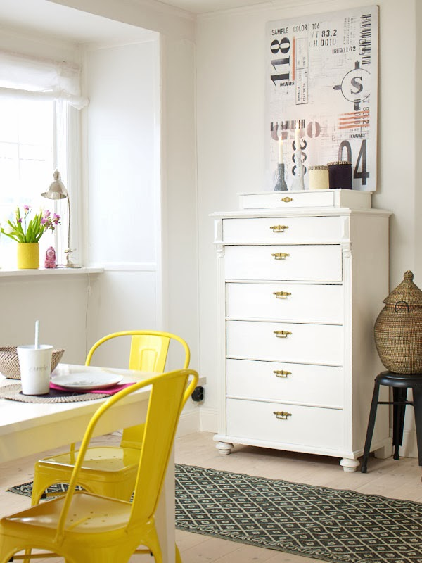 | Metal vintage furniture with a pop of yellow