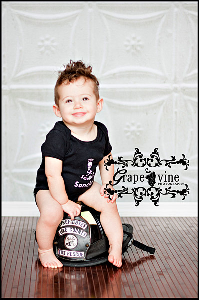 kissimmee central florida baby child cake smash birthday photo Grapevine photography one year