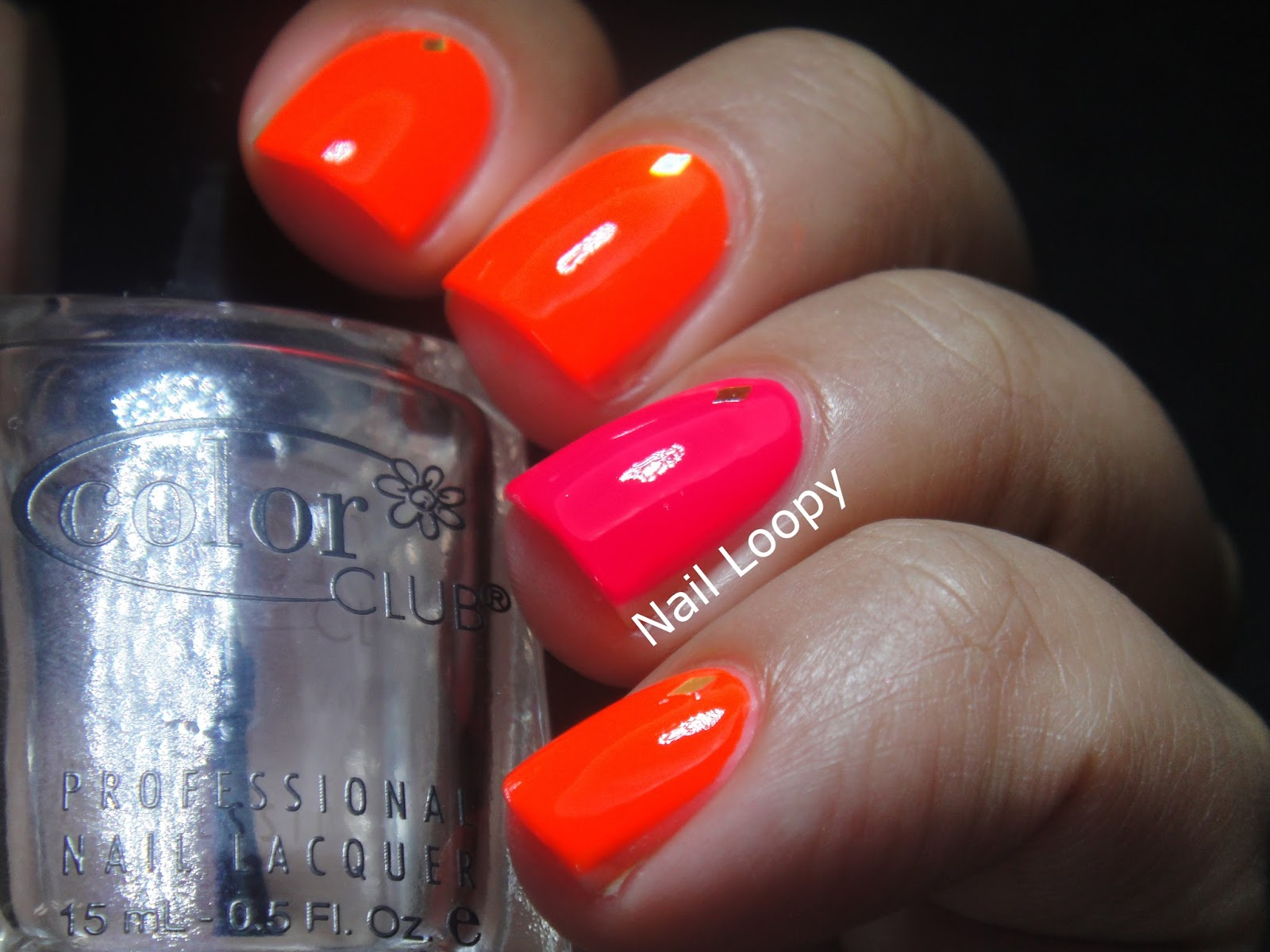 nail loopy: NEON NAILS IN WINTER!