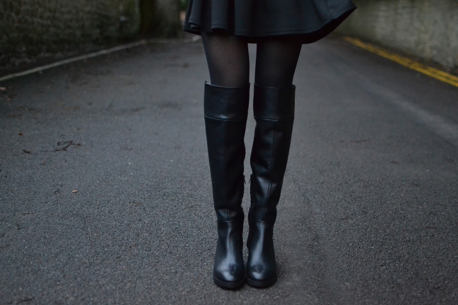 Zara leather overknee boots blogger