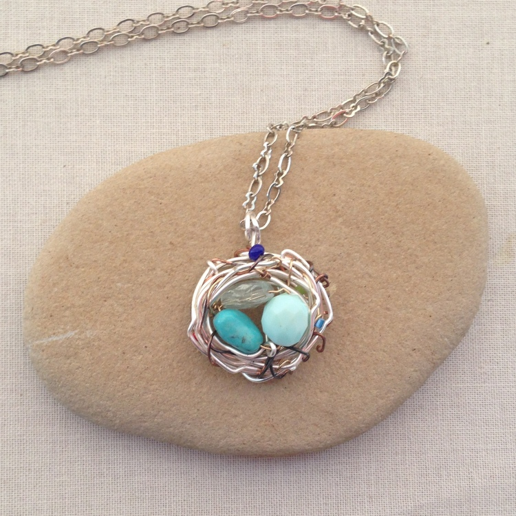 DIY Birthstone Nest for Mother - free tutorial