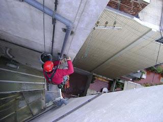 Instalación de bajantes y cableados