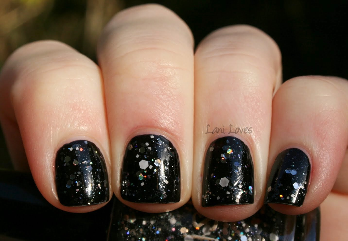 Pahlish - Bony Fingers swatch