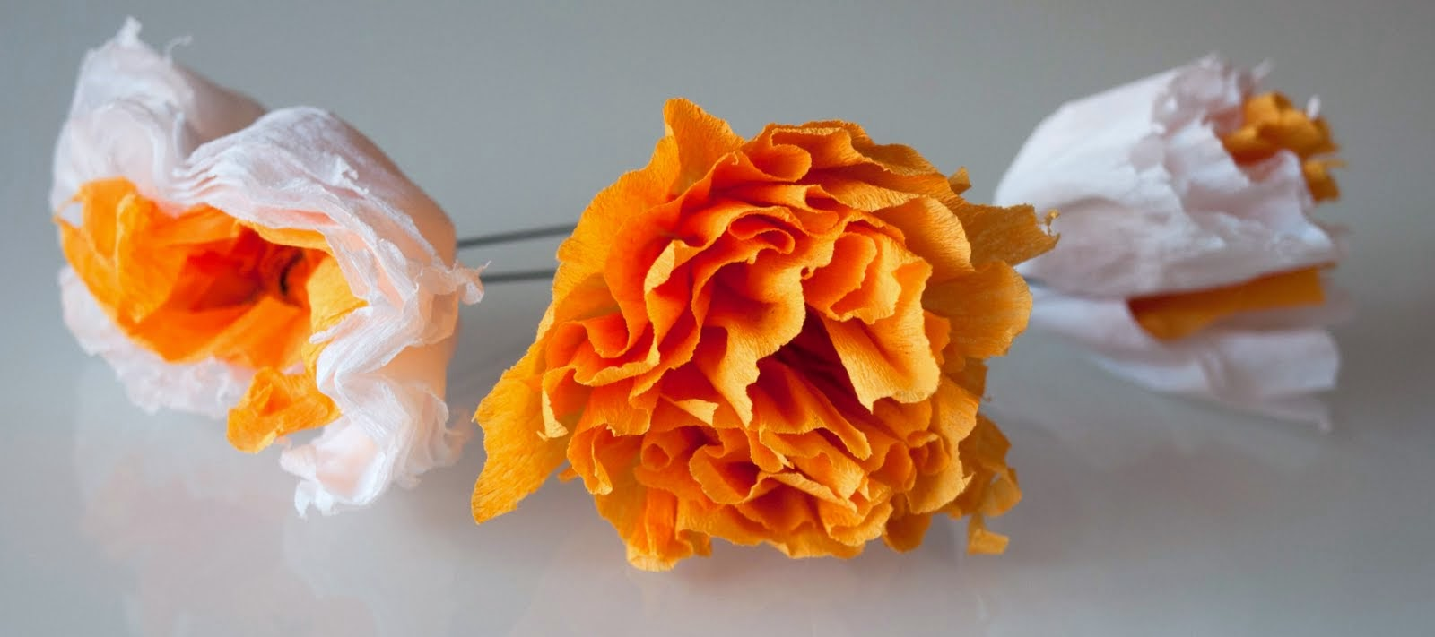 Flores de papel para el pelo