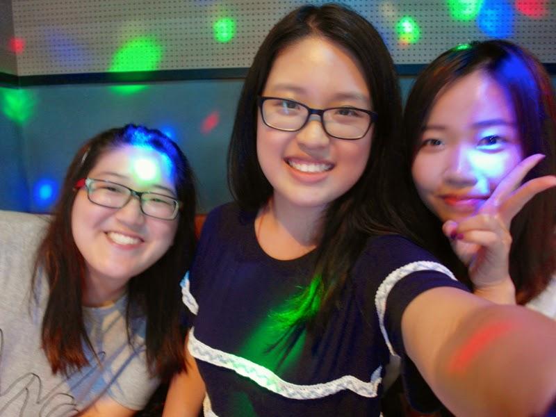 Ewha Summer Studies Sinchon Korean Karaoke Noraebang Seoul South Korea lunarrive travel blog