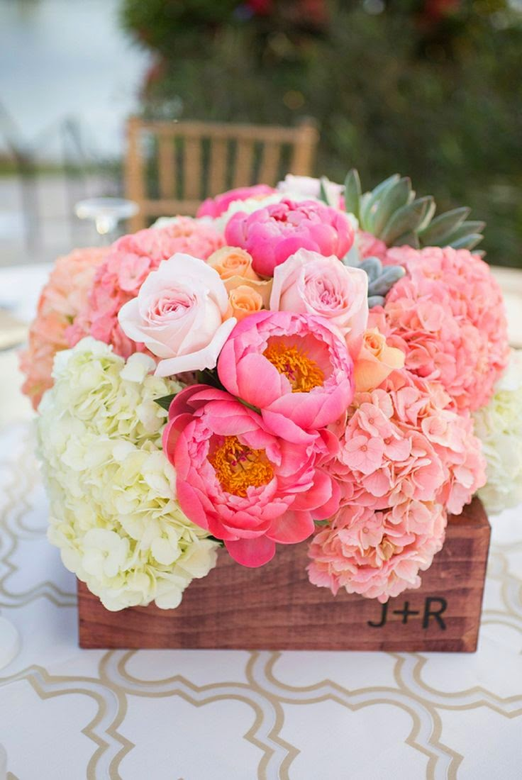 This Little House of Mine: Wedding Flower Inspiration