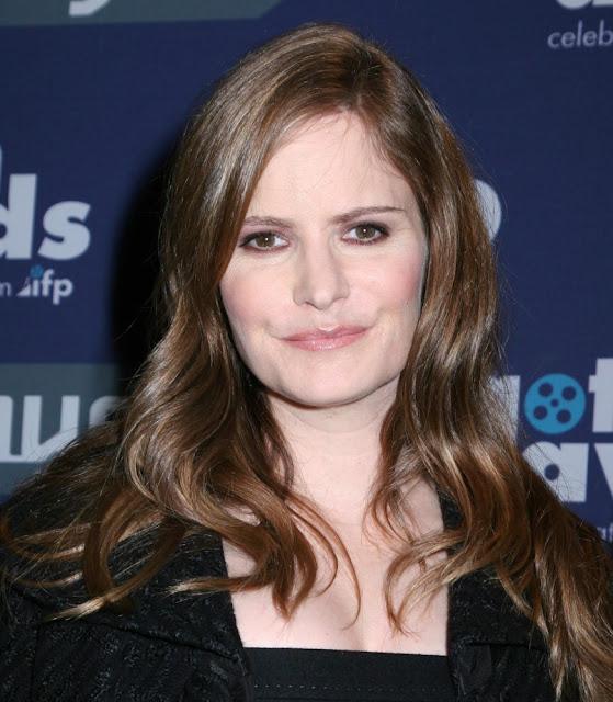 Jennifer Jason Leigh ficha por la tercera temporada de 'Twin Peaks'