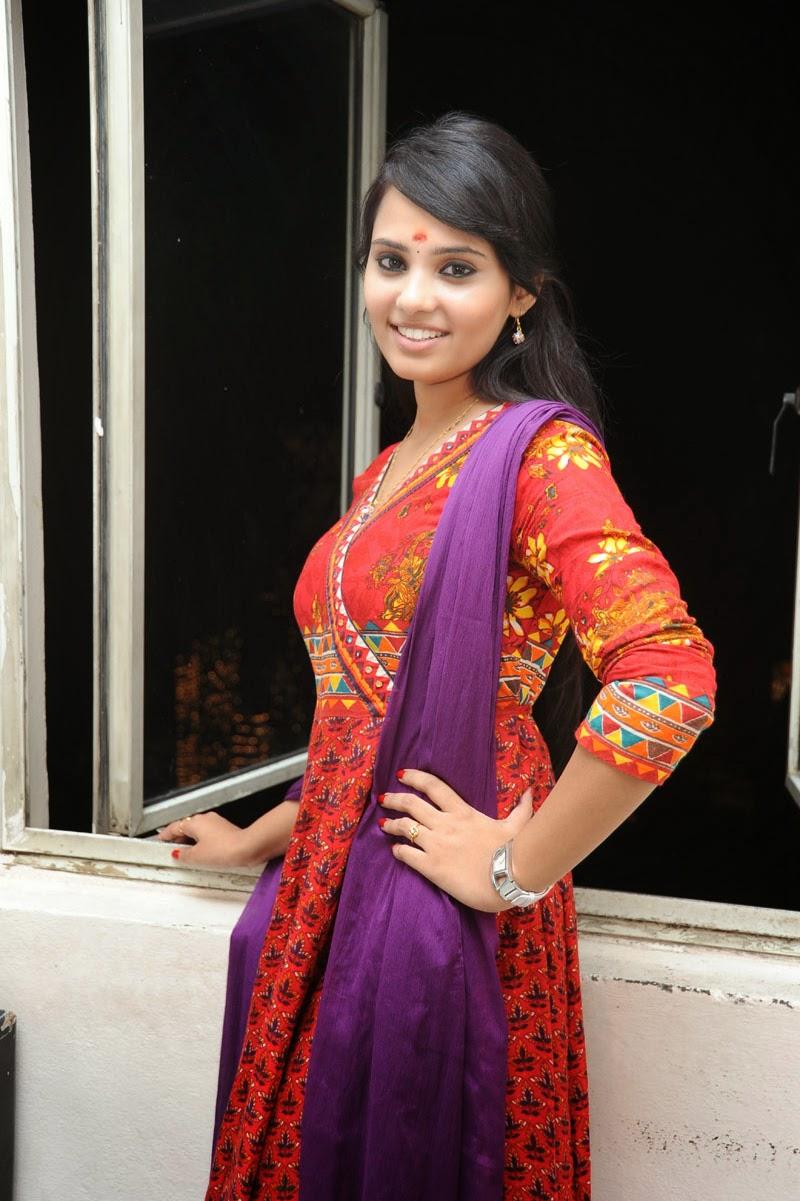 Aarushi Latest Glam Photo shoot-HQ-Photo-4