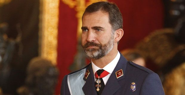 Felipe VI, un rey recluido y escondido