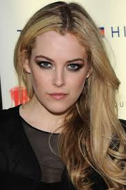 Riley Keough Height - How Tall