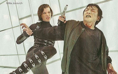 Resident Evil Retribution peleando