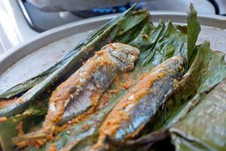 Grilled Fish in Banana Leaves Recipe (Cá Nướng Lá Chuối) 2