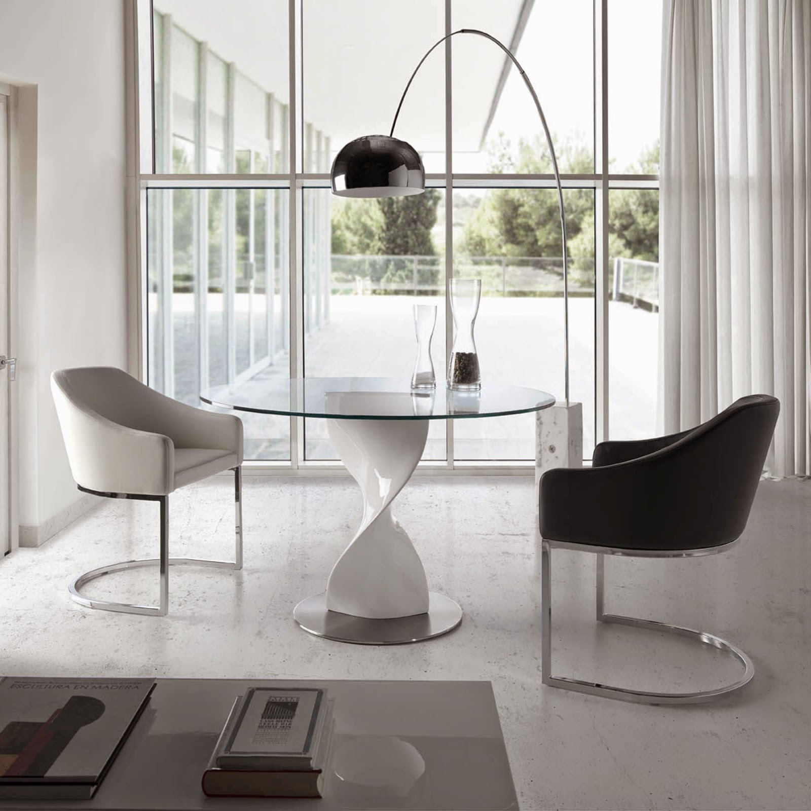 Mesas de comedor mesa de comedor de cristal for Mesa comedor redonda blanca