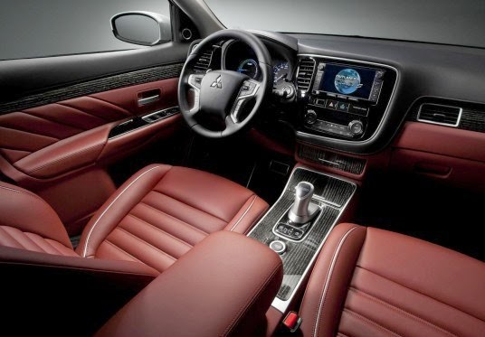 2016 Mitsubishi Outlander PHEV Interior
