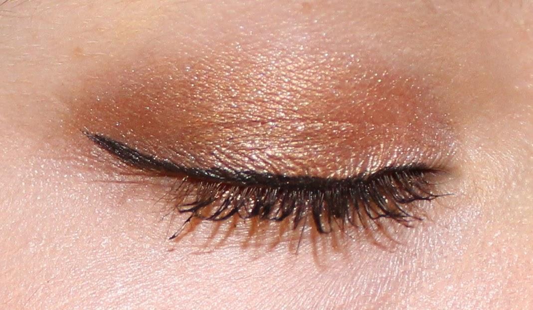 Kat Von D Monarch Eyeshadow Palette on Eyes