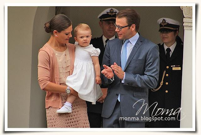 Kronprinsessan Victoria med Estelle och prins Daniel