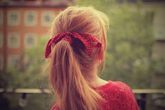 Me habla, me ilusiona, me olvida, me extraña y después me vuelve a hablar y vuelvo a caer.
