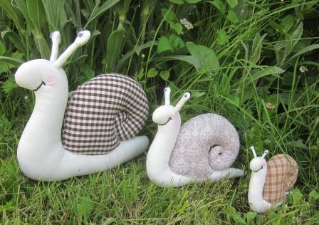La petite maison de sylvie animal en tissu les escargots - La maison des escargots ...