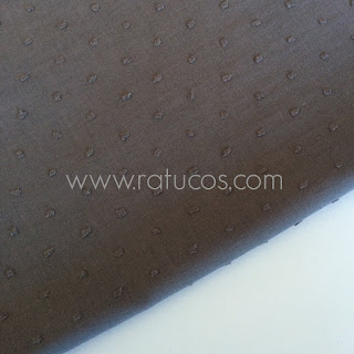 http://ratucos.com/es/telas/4348-plumeti-taupe-8-metro.html?search_query=plumeti+taupe&results=1