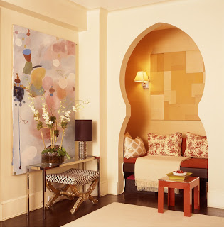 Moorish Arch Built-In