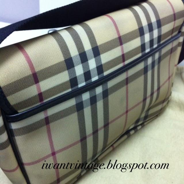 Burberry London Small Messenger Bag 50be58893a614