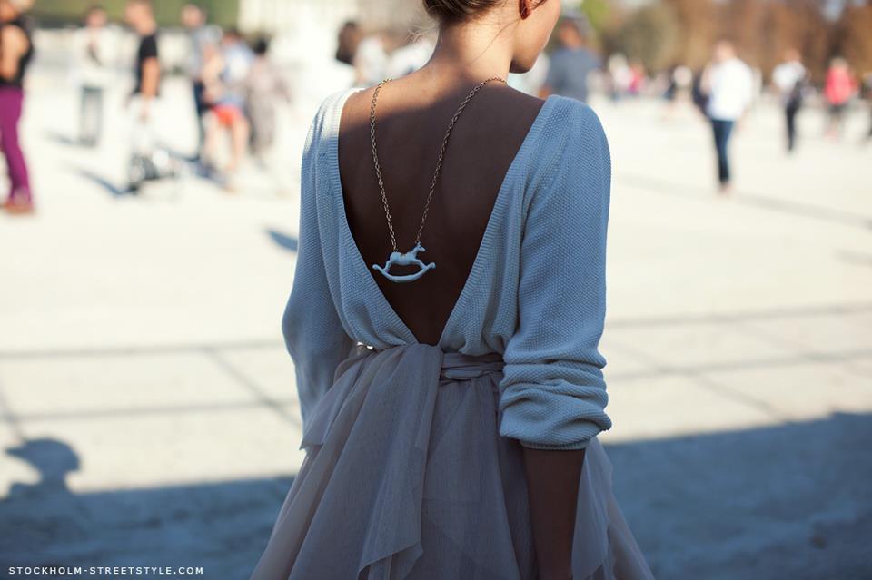 Модные девушки спиной фото