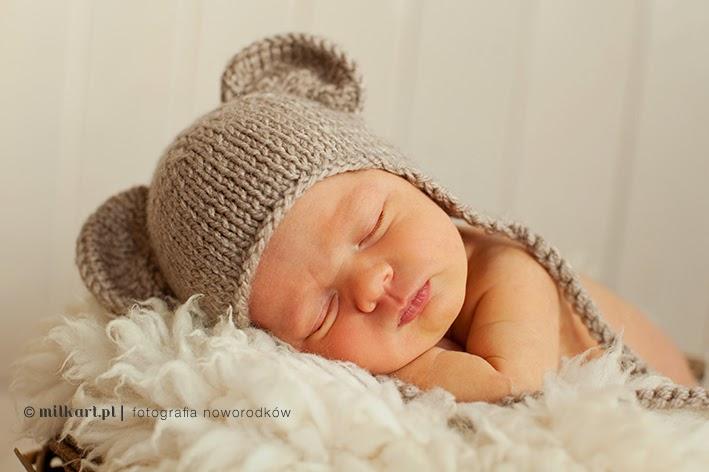Zdjęcia noworodkowe, sesja zdjęciowa niemowlęca, fotografia niemowlęca, fotograf noworodków, studio milkart