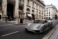 Porsche-918-Spyder-2014-06