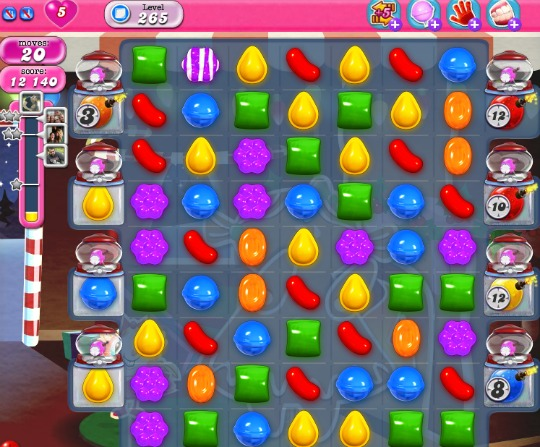 Candy Crush Level 265 with bombs