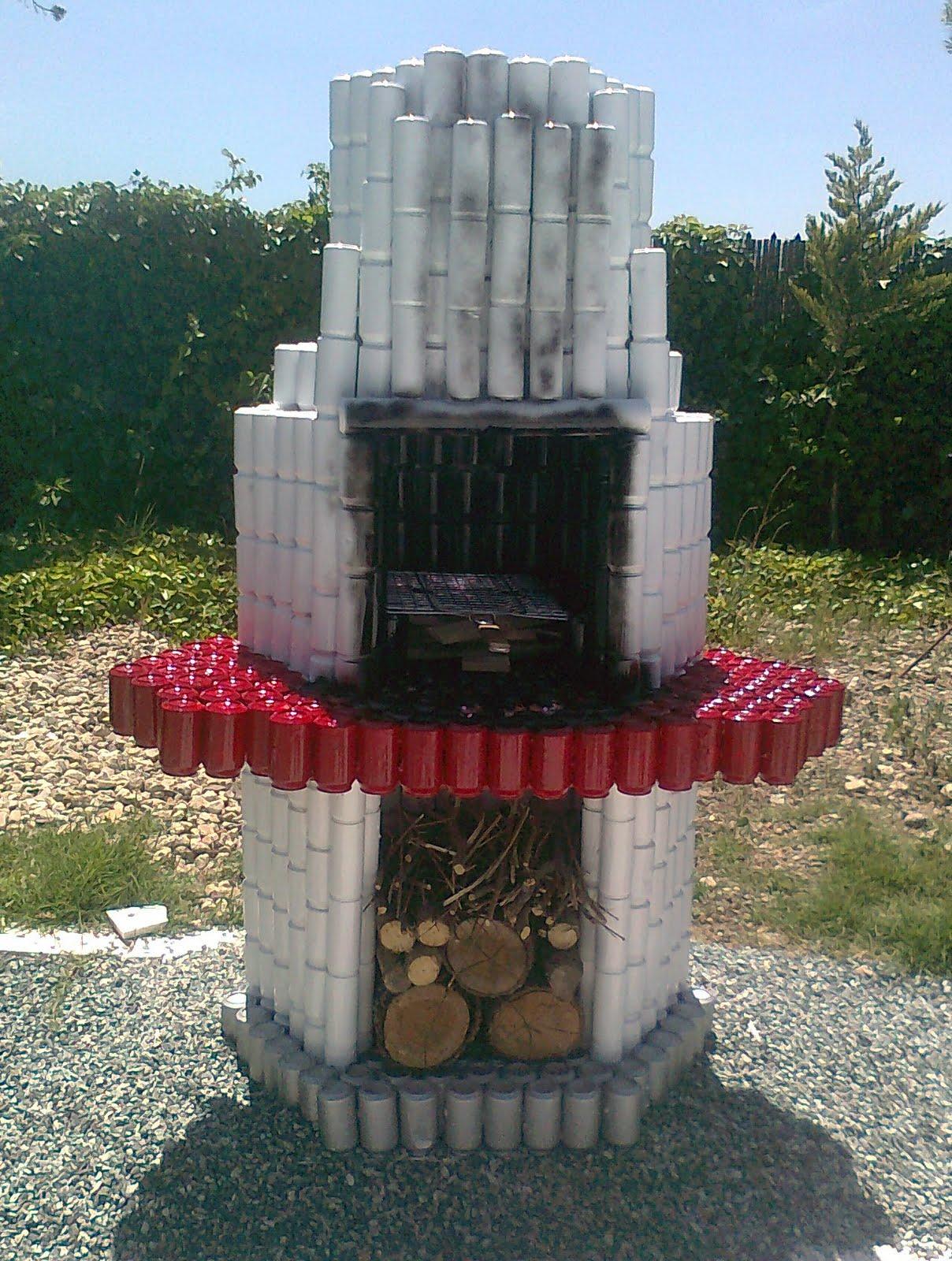 Arte en lata ramirin barbacoa con latas y un poco de color for Jardines en lata