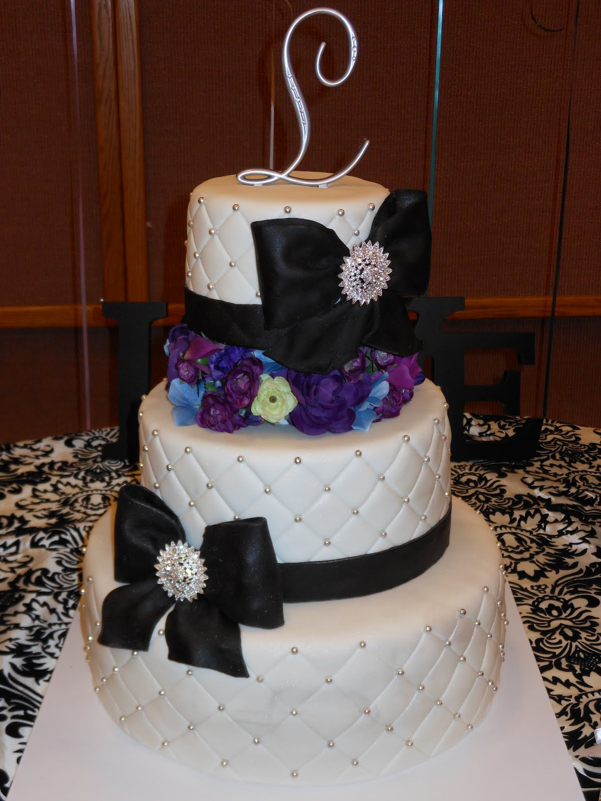 It s a piece of cake Black Bow Purple Flower Bling Cake