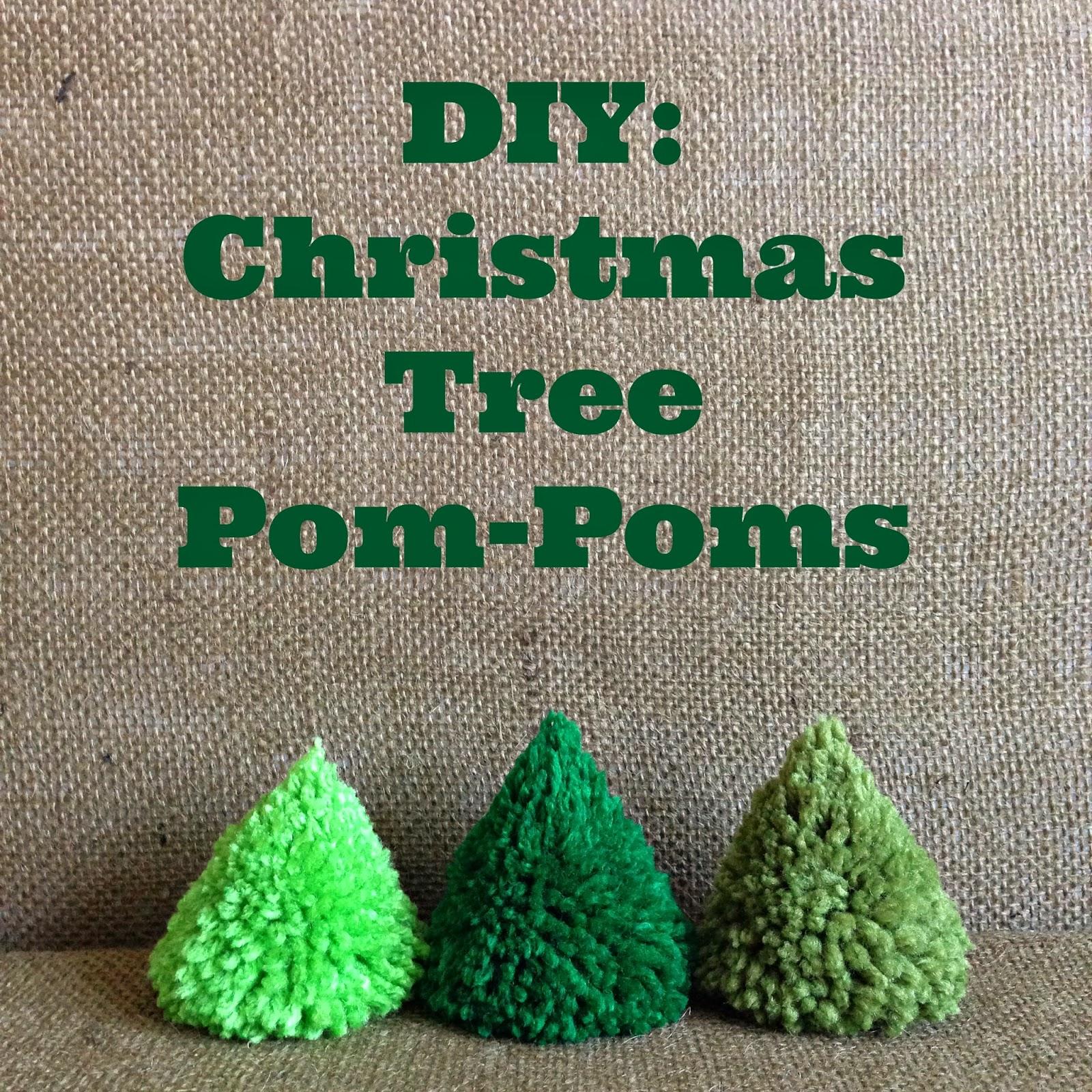 WhiMSy love: DIY: Christmas Tree Pom-Pom