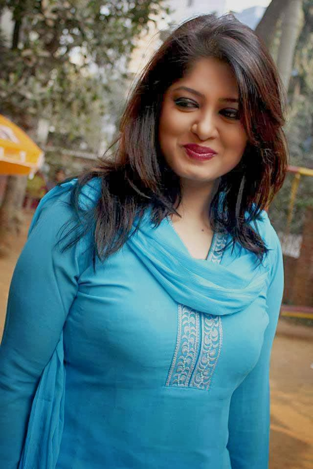 Bangladesh girl moushumi