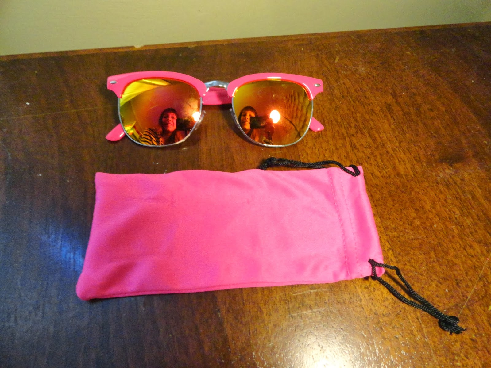 Clothes & Dreams: Shoplog: Primark: pink mirror glasses sunglasses with case